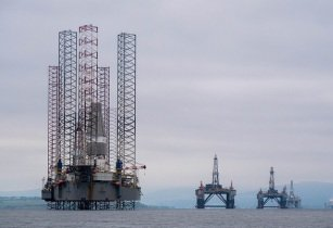 oil rig eni 30